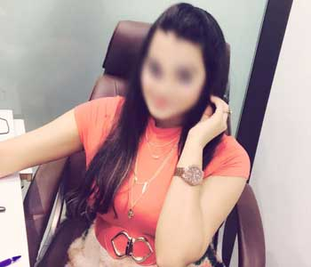 student escorts girls in Mumbai